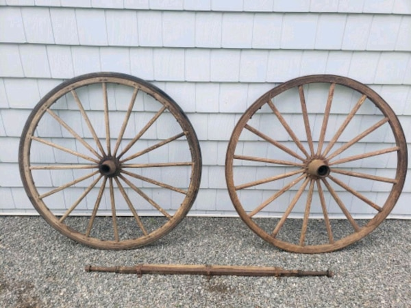 Used 2 Vintage 42 Wagon Wheels Axle For Sale In Surf City