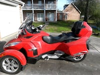 red and black sports bike Sterling Heights, 48311