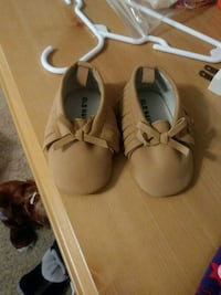Old Navy Baby girl shoes. 6-12 months  CORP CHRISTI, 78413