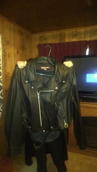 Brooke's leather jacket Lafayette, 70508