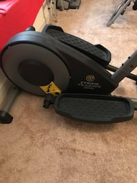Golds Gym elliptical trainer Plumas Lake, 95961