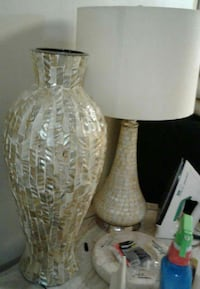 gray and white table lamp Hialeah, 33013