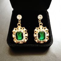 Brand new fantastic earrings  Alexandria, 22304