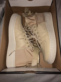 Nike SF Air Force 1 Mid Cut Mississauga, L5M 5P9