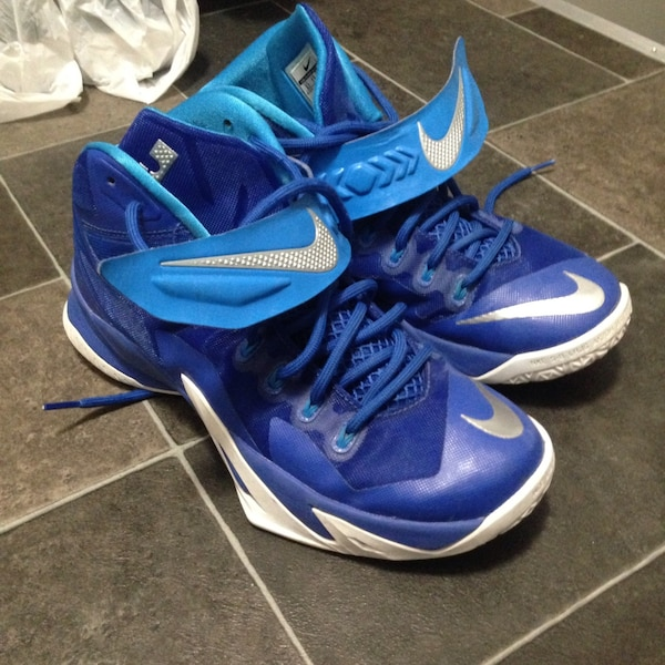 4fd1f6471ff7 Used Lebron zoom soldier 8s for sale in North Vancouver - letgo