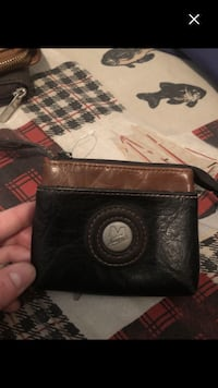 Like new card holder wallet ! Last chance Montréal, H4E