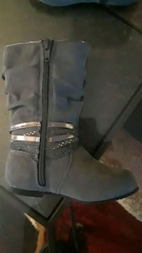 pair of gray leather boots Virginia Beach, 23464