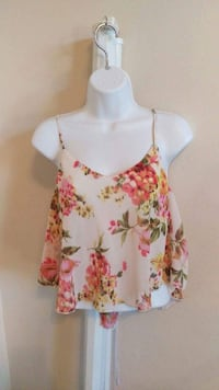 white and red floral spaghetti strap top Fresno, 93727
