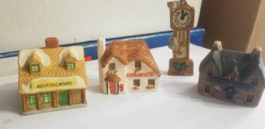 Miniature House collections-Consider all offers e548c088-501e-4975-a682-8f6f04435dcb