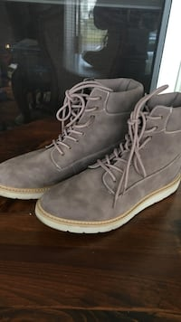 Women's casual boots - size 10 Stratford, 06614