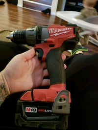 MILWAUKEE FUEL BRUSHLESS DRILL DRIVER W/ 18V BATTE Dallas, 75240