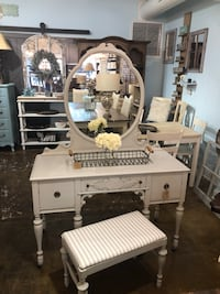White wooden dresser with mirror Pineville, 28134
