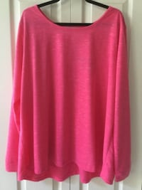 Women's VOGO Plus-Size Active Top w/ Open V Back Detail - Size 3X -NEW