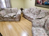 3 piece floral sofa set Alexandria, 22303