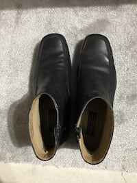 HUSH PUPPIES Black Leather Dress Boots