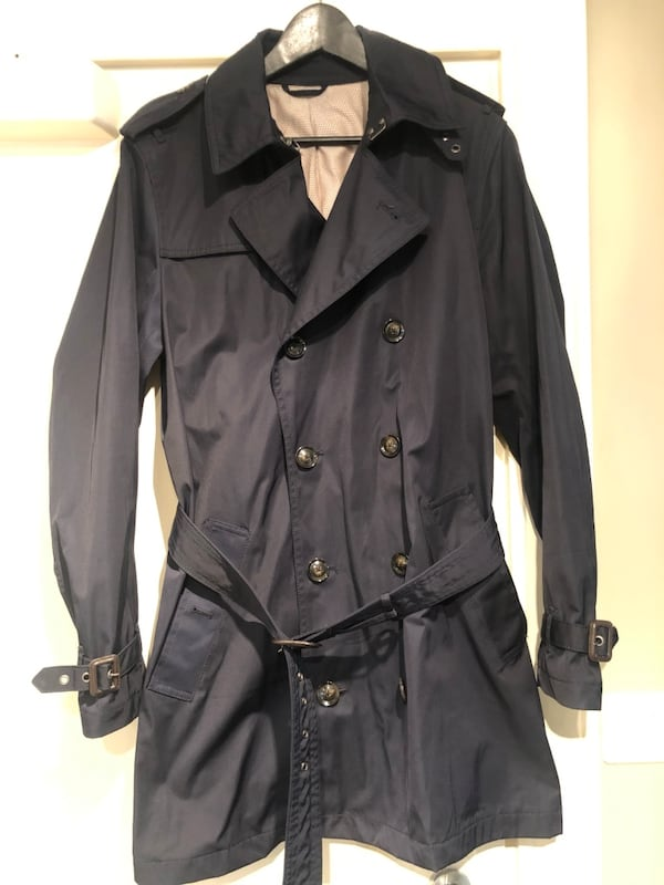 Trenchcoat og dresser str 48 og 50, slim fit 9