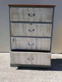 Chest drawers  Pinellas Park, 33781