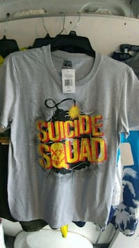 Suicide squad t-shirt...size small...
