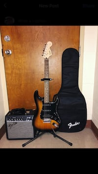 Squier Stratocaster Electric Guitar w/ Fender Frontman 15G Amp+Gig bag