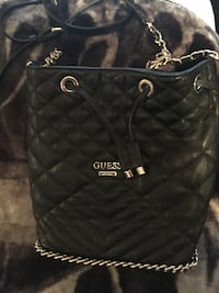 Black leather quilted Guess cross-body ag Port Coquitlam, V3B 2A3