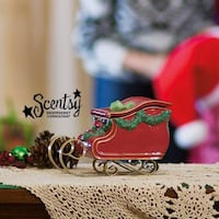 New unopened Santa's sleigh Scentsy warmer Guelph, N1E 0C9