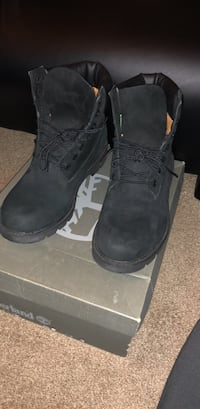 Black Timberlands Size 9 Hagerstown, 21740