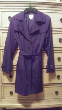 Black. Long coat in great condition used it only o Weslaco, 78596