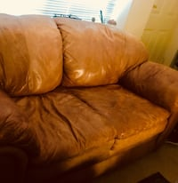 Free leather sofa Arlington, 22209