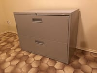 gray metal 2-drawer filing cabinet null, V9G