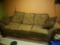 Good Family Size Couch Set Glenview, 60026