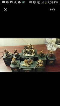 animal figurine set with boxes Santa Fe Springs, 90670
