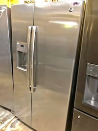 ON SALE! GE Refrigerator Fridge Stainless Steel Ice and Water #1012