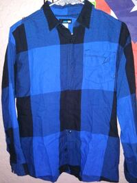 """Boys button down flannel shirt """"size Small"""""""
