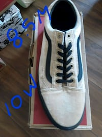 pair of white-and-blue Nike sneakers Lancaster, 93534