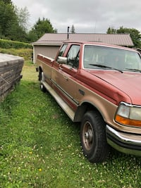 red Ford F-150 extra cab pickup truck Port Orchard, 98366