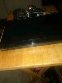 This is a Sony DVD player excellent condition Hickory, 28601