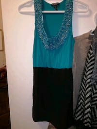 women's teal sleeveless dress Winnipeg, R2W