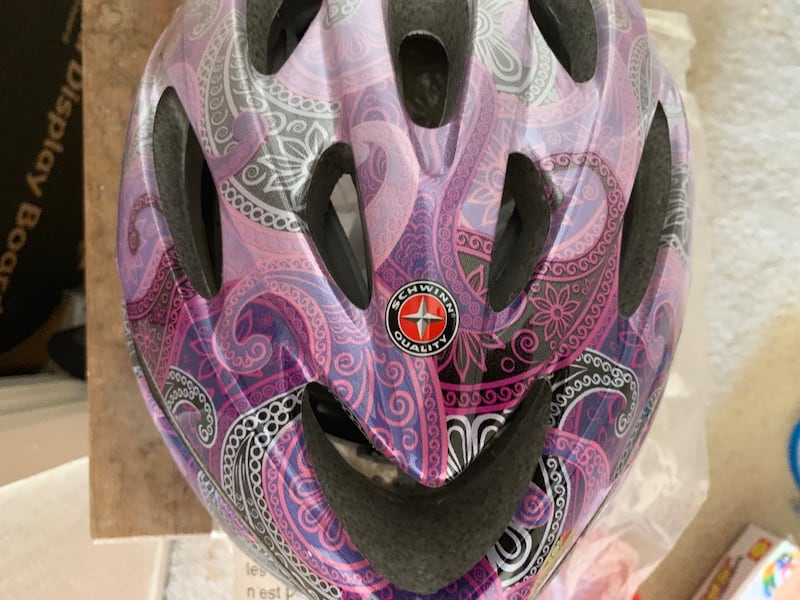 Schwinn Thrasher Lightweight Microshell Bicycle Helmet Featuring 360 Degree Comfort System with Dial-Fit Adjustment, Sizes for Adults, Youth, and Children d34a0619-078f-4702-b078-e404ea51114e