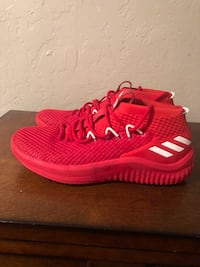 Men's Shoes Basketball shoes dame 4 size 11