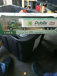 Publix 1950 tractor trailer bank