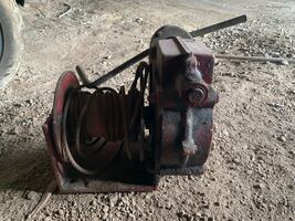 Thern 4000lb hand winch