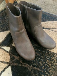pair of gray leather boots Princeton, 27569