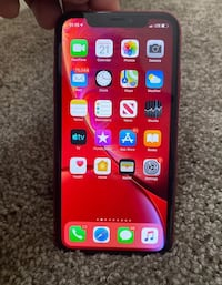 iPhone XR red  District Heights, 20747