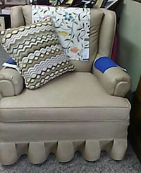 Moving sale leather sofa  n chair w pillow Whiteville, 28472