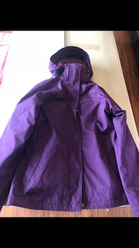 Columbia Winter Coat paid $130 selling for $60 Edmonton, T6T 0B2