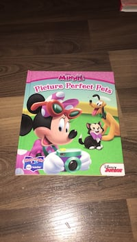 Minnie Picture Perfect Pets textbooks
