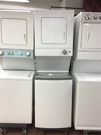 "24"" WHIRLPOOL LAUNDRY CENTRE WASHER/DRYER NEW MODEL- BESTMAN APPLIANCES"