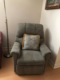 Massage chair Caledon, L7E 2J9