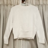 Uniqlo knitted sweater St Catharines, L2T 2Y2