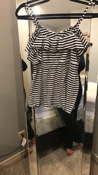Black and white stripe tank top Windsor, N9G 3B4
